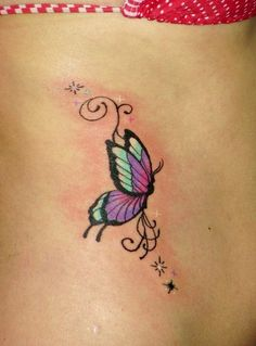 Meaning of butterfly tattoos and pictures of cute and small Butterfly Tattoo designs and images for on the wrist, shoulder, foot or lower back. Tattoo Girls, Ankle Tattoo For Girl, Wrist Tattoos For Guys, Ankle Tattoo Small, Small Wrist Tattoos, Tattoos For Women, Butterfly Tattoos On Arm, Colorful Butterfly Tattoo, Butterfly Tattoo Designs