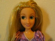 Disney-Store-Very-Long-Tinsel-Hair-Rapunzel-Doll-Tangled-12-accessories-3