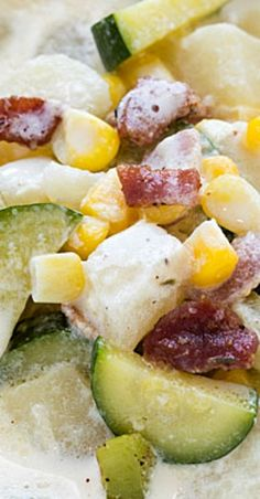 Summer Corn and Zucchini Chowder - Enjoy soup in the summer while using up fresh summer produce with this satisfying chowder! Best Soup Recipes, Chili Recipes, Lunch Recipes, Summer Recipes, Soup And Salad, Soups And Stews, Chowder, Zucchini, Delish