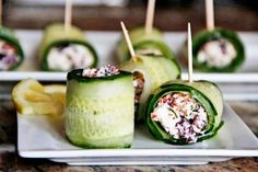 Greek Feta cucumber rolls 1 whole English Cucumber 2 sprigs Dill 2 Tablespoons Sun Dried Tomatoes 8 whole Kalamata Olives 4 Tablespoons Greek Yoghurt 1 ounce, weight Feta Cheese 1 teaspoon Lemon Juice 1 pinch Black Pepper Healthy Snacks, Healthy Eating, Healthy Recipes, Great Recipes, Favorite Recipes, Good Food, Yummy Food, Tasty Kitchen, Appetizer Recipes
