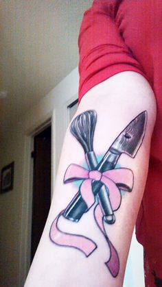 Edie Alt Wraps It Up In A Bow - The Chefs Connection #tattoos #chefs