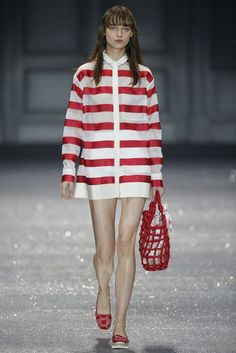 Moncler Gamme Rouge RTW Spring 2015 - Slideshow