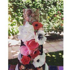 Baroque Bouquet Wedding Cake v2.0 close up #cakedecorator #cake #cakes #cakeart #cakesinstyle #sweet #sweetart #sweetmama #wedd #wedding #weddings #weddingcake #bodas #boda #bodas2015 #bodasbarcelona #tartadeboda #tartasamedida #tartasfondant #love #beautiful #food #foodie #foodgram