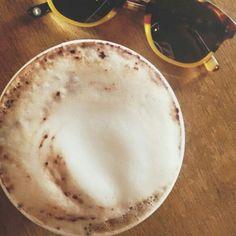 """O @mdcardoso garante: """"Coffee = life. #coffee #valkiriacafe #morning"""" Se você também está no time dos coffee lovers vem pra cá!   Ainda tem borda de DOCE DE LEITE e NUTELLA esperando por vocês!  Carlos Gomes 604. @destemperados #valkiriacafe #VLK #vlkcafe #coffeelovers #cafeinados #cafeina #coffee #coffeeshop #cafesespeciais #portoalegre #carlosgomes #takeawaycoffee #coffeetogo by valkiriacafe"""