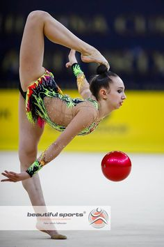 Gymnastics Photography, Rhythmic Gymnastics, Dance Outfits, Female Athletes, Grand Prix, Leotards, Ballet Dance, Flexibility, Cheer