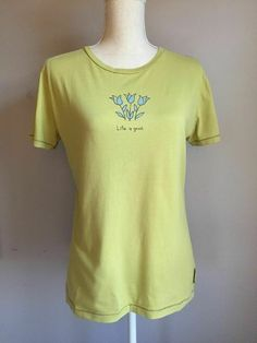 e9174f60061561 Life Is Good - Good Karma - T Shirt Size M Green with Blue Tulips Flowers
