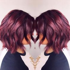 38 Best Burgundy Hair Ideas of 2019 – Yummy Wine Colors Go ahead and grab a glass of red with your hair colorist and choose from these 20 stunning wine-inspired shades of burgundy hair color! - Station Of Colored Hairs Hair Color Shades, Red Hair Color, Color Red, Level 7 Hair Color, Color Tones, Curly Hair Styles, Natural Hair Styles, Wine Hair, Hair Colorist