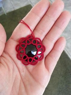 CM-Handmade: Tatting and cabochons