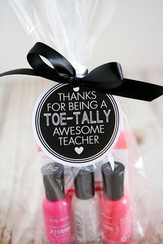 Toe-tally Awesome Teacher Gift | Eighteen25