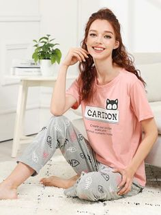 Stagioni Fashion for Women, Loungewear for Women. Item: Cartoon & Letter Print Pajama Set for Women Loungewear Outfits, Pajama Outfits, Cute Outfits, Girls Night Dress, Night Dress For Women, Couple Pajamas, Girls Pajamas, Pijamas Women, Night Suit