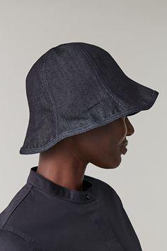 DENIM BUCKET HAT - navy - Hats - COS GB