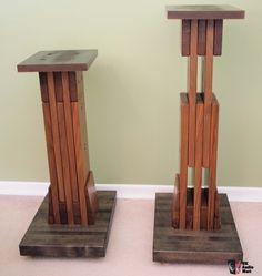 Adjustable speaker stands (Usher RWS-729)