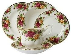 Prince Albert Old Country Roses China (OMG)