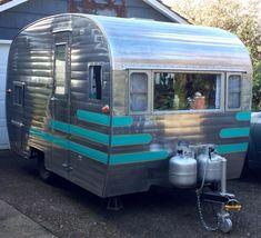 Turquoise stripes detail on canned ham | vintage camper - travel caravan <O>