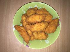 Куриные наггетсы - популярное блюдо из куриного филе. Домашние Куриные наггетсы более полезные и вкусные, чем покупные. Предлагаем вам рецепт сочных Наггетсов