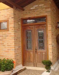 Resultado de imagem para casa italiana janela antiga madeira