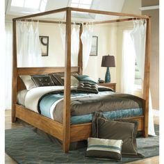 Berringer Poster Canopy Bed