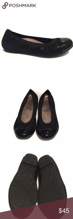 351ee702e009 Vionic Orthaheel Flats Vionic Orthaheel Black Flats EUC Vionic Shoes Flats    Loafers Loafer Flats