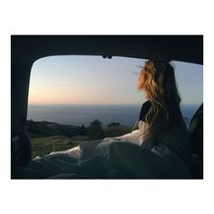 Just Pinned to Travel & road trip ♡: *Imagination* Imagination: Is Art When Someone tells me to stop imagining things. What I do is picture the idea in my head and then draw it out. Adventure Awaits, Adventure Travel, Foto Pose, Summer Aesthetic, Belle Photo, The Great Outdoors, Summer Vibes, Places To Go, Beautiful Places
