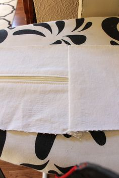 How to make custom cushion covers with Confessions of a Serial Do-it-Yourselfer Furniture Fix, Reupholster Furniture, Furniture Slipcovers, Custom Cushion Covers, Outdoor Cushion Covers, Making Cushion Covers, Sewing To Sell, Sewing Box, Sewing Tips