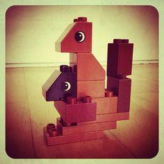 Finn's Kangroo (that's kangaroo in Finnspeak). Finn's favourite animals in Duplo. #Lego #baby #toy
