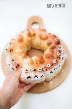 Totoro & Brown Bear Pull-Apart Bread by bentomonsters #Pull_Apart_Bred #Totoro