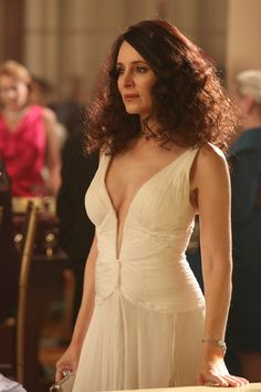 """Victoria Grayson wears a Roberto Cavalli Plunging Neck Evening Gown on Revenge """"Addiction"""" nice. Victoria Grayson, Revenge Tv Show, Madeleine Stowe, Revenge Fashion, Emily Vancamp, Classic Actresses, Hot Actresses, Special Occasion Outfits, White Gowns"""