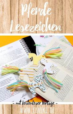 DIY paper and wool horse bookmarks from clarki.de: DIY, Food, Creative Books & (e) Books. The bookmark is super easy to make from wool and paper. The pattern is free and has a free template for th Diy For Kids, Crafts For Kids, Papier Diy, Textiles, Diy Box, Tampons, Diy Home Crafts, Diy Table, Diy Paper