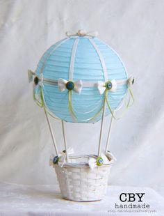 Aire caliente globo bebé ducha central verde por CraftedByYudi