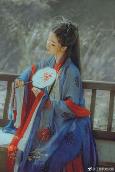 Chinese Traditional Costume, Traditional Fashion, Traditional Dresses, Geisha, The Empress Of China, Ancient Goddesses, Japanese Streetwear, Ancient Beauty, Hanfu