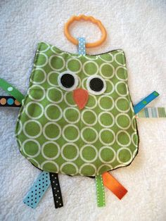 OWL Crinkle Crackle Sensory Owl Taggie