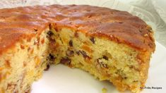 It's the month of December and as X'mas is not too far away, I made this Apricot & Sultana Fruit Cake which can be made early and giveaw. Baking Recipes, Cake Recipes, Dessert Recipes, Bread Recipes, Sultana Cake, Food Cakes, Fruit Cakes, Delish Cakes, Afternoon Tea Cakes