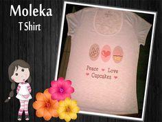 T shirt peace love cupcake