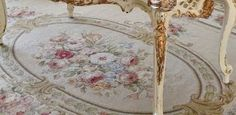 I want this rug. Shabby Vintage, Vintage Decor, Vintage Rugs, Cottage Living, Cottage Style, Romantic Shabby Chic, Needlepoint Pillows, Rose Embroidery, Pure Romance