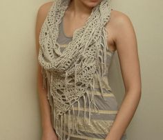 Triangle Cowl ~ what a beautiful way to 'lace' up the front or back!
