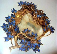 René Lalique brooch
