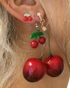 Discovered by Find images and videos about love, aesthetic and red on We Heart It - the app to get lost in what you love. Cute Jewelry, Jewelry Accessories, Bold Jewelry, Trendy Jewelry, Summer Jewelry, Simple Jewelry, Penelope Garcia, Cherry Earrings, Red Aesthetic