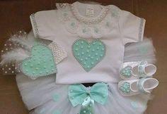 Yeni Tütü Etek Modelleri Baby Doll Clothes, Baby Dolls, Diy Tutu, Baby Dress Design, Kids Lehenga, Baby Layette, Baby Bling, Baby Love, Kids Outfits