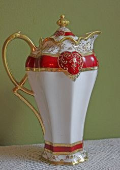 Chocolate Pot, Hand Painted Pot with Lid Made in Japan by Nippon Noritake. Antique Porcelain of Rare Beauty.