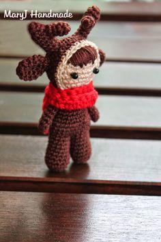 Reindeer Doll - Free Amigurumi Pattern below Italian Pattern