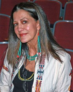 Rita Coolidge, beautiful in her late 60's as she was when younger. Her voice is Amazing. If you have not heard you're missing something. Love Rita.