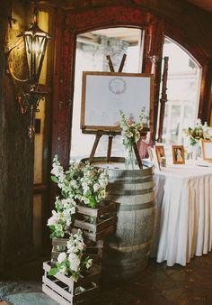 tonneaux et caisse en bois rustique mariage