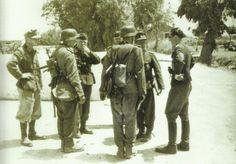 Mountain troops reach Galatas (Crete) 1941, pin by Paolo Marzioli