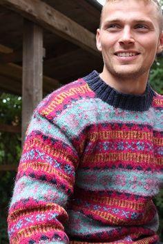"Retro Faroese Sweater blue/pink. Kits for my book FANØSTRIK - Colours of Fanø - You find the knittingpattern in my Knittingbook ""Fanøstrik - Colours of Fanø"""
