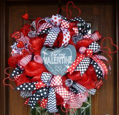 Deluxe Deco Mesh BE MY VALENTINE Wreath by decoglitz on Etsy