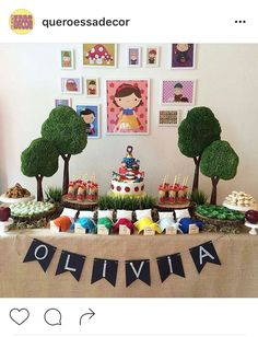 Festa branca de neve simples e fofa. Snow white party                                                                                                                                                                                 More