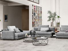With Rolf Benz NUVOLA, you have the ability to change yourself and your personal living style whenever you want. Sofas, Sectional Sofa, Couch, Armchairs, Sofa Design, Interior Design, Rolf Benz Sofa, Living Essentials, Living Styles