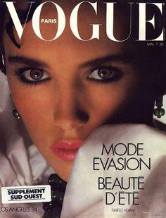 Isabelle Adjani pour le numéro de mai 1984 de Vogue Paris: http://www.vogue.fr/photo/les-couvertures-de/diaporama/le-cinema-en-couverture-de-vogue-paris/7774/image/517016#isabelle-adjani-pour-le-numero-de-mai-1984-de-vogue-paris