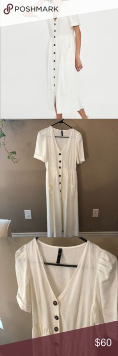 2864908de9cc Zara midi dress with buttons size small Brand new Zara midi dress with  buttons. Size