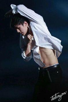 Damnn. That body is lovely